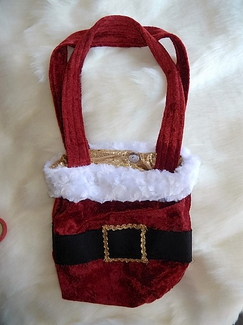 Mrs Claus Candy Cane Purse 2 Santa Experiences